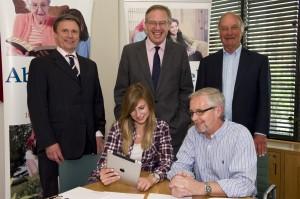 John Baron MP helps support Abbeyfield Week 2011