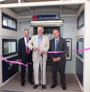 John Baron MP officially opens new lifts at Laindon Station