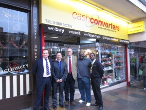 John Baron MP visit's Cash Converters Store in Basildon